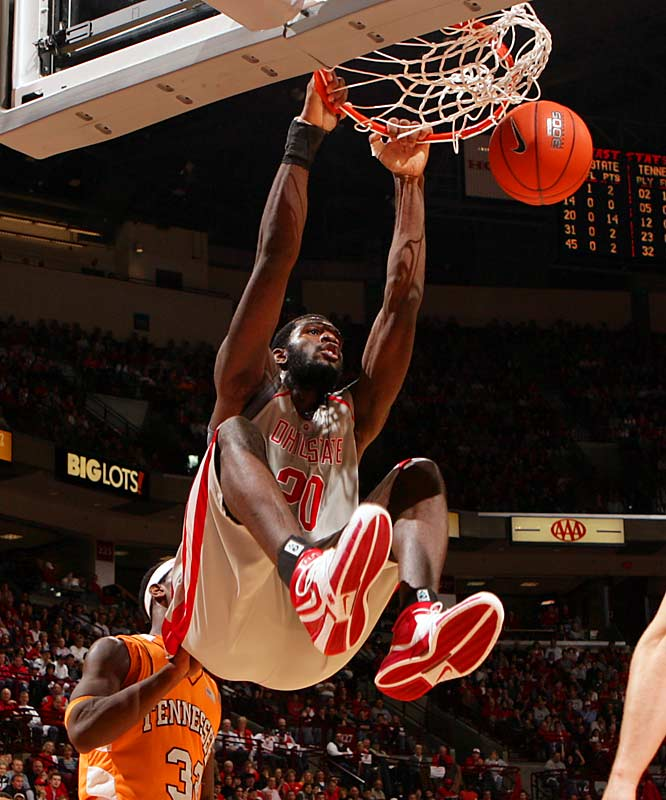 In his only season with the Buckeyes, Oden led the team in scoring (15.5 per game) and rebounding (9.6 per game).