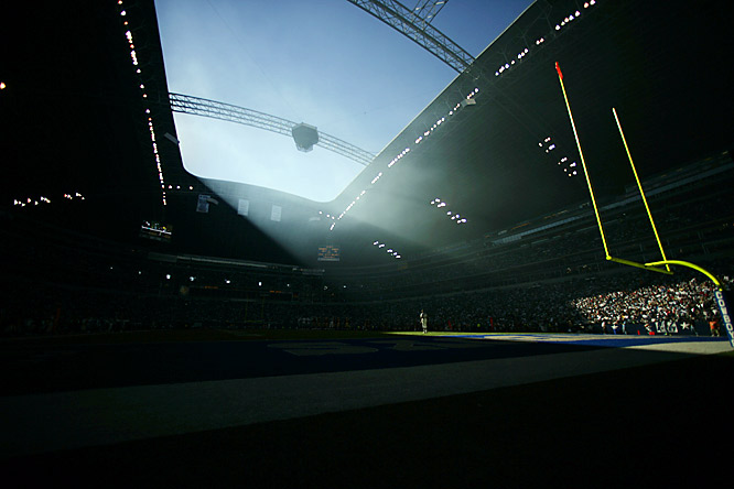"Cowboys linebacker D.D. Lewis said the hole was there ""so that God can watch his team."" In reality, the stadium was slated to be indoors, but funding ran out before the project could be finished properly."