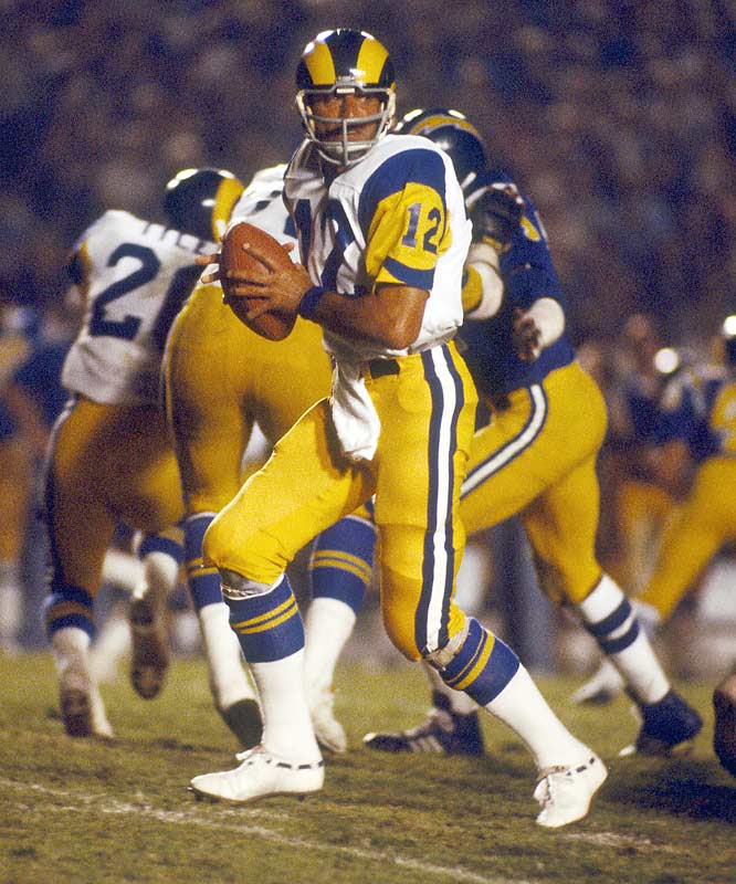 Broadway Joe tried to revive his career in LA, but his knees were shot and the former Jets great played only four games.
