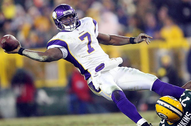 Experts were surprised the Vikings didn't sign a free agent quarterback or take one in the draft, because now they'll head into the season with Tarvaris Jackson as the starter and Brooks Bollinger backing him up. Jackson showed some signs of promise as a rookie, but his numbers weren't great (two touchdowns, four interceptions in four games). There's no telling how he'll respond to the pressure of being a full-time starter.