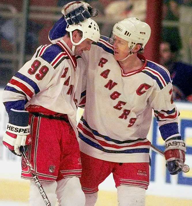 The arrival of Wayne Gretzky in 1996 led to the last playoff appearance of Leetch's tenure in New York.