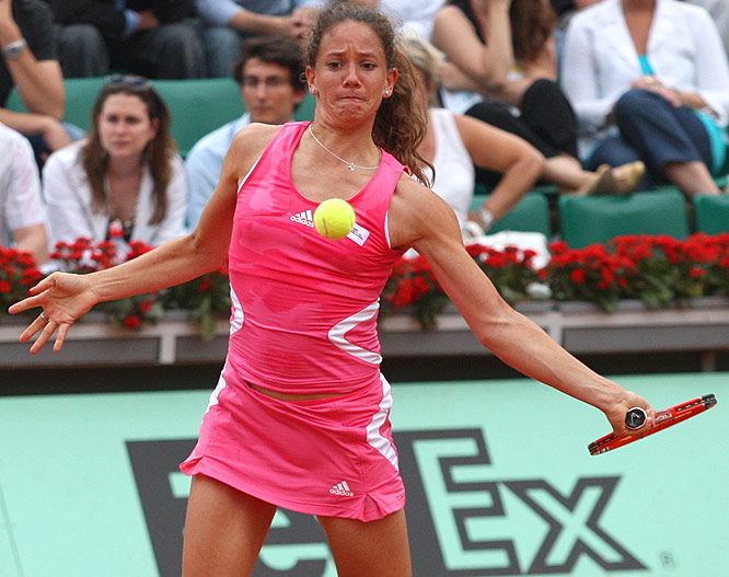 Patty Schnyder (the No. 14 seed) pushed Maria Sharapova to the brink of elmination on Sunday, before losing 9-7 in the third and final set.
