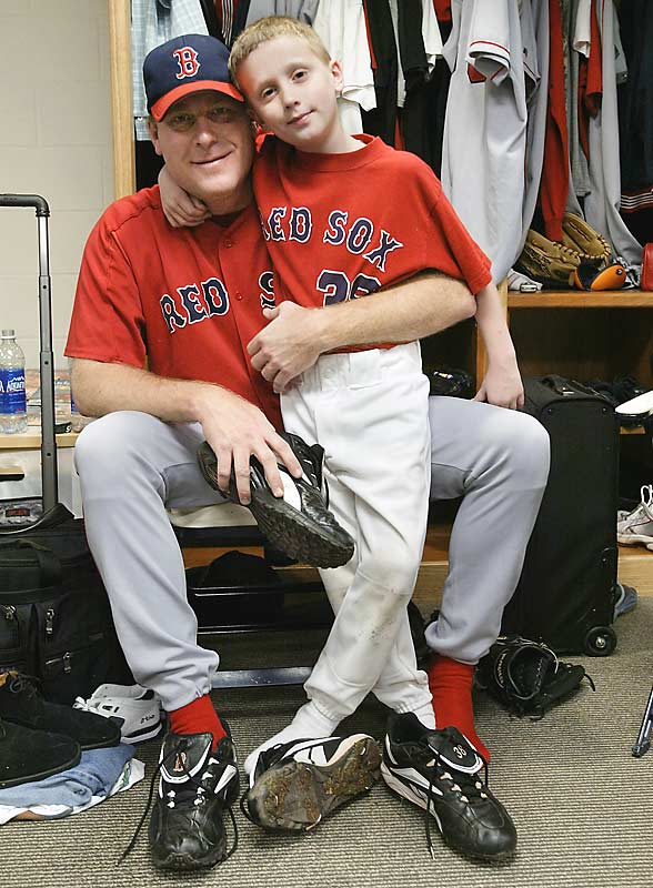 Curt, deeply involved in the fundraising for ALS research, named his oldest son after the Yankees' Iron Man, Lou Gehrig.