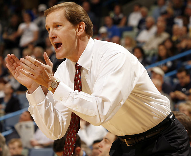 Two days after being introduced as Arkansas' new basketball coach, Altman quit and returned to Creighton.