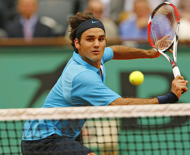Roger Federer set a record by advancing to his eighth-consecutive Grand Slam final. His last loss in a Major came against Rafael Nadal in the '06 French Open. The two will face off again Sunday.