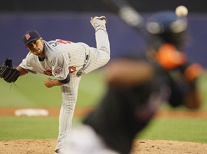 Twins ace Johan Santana pitched a four-hitter -- with only one strikeout -- for his first shutout in nearly two years during a 9-0 rout of the Mets at Shea Stadium on June 19. While riding the team bus to the ballpark before the game, Twins broadcaster and former pitcher Bert Blyleven said he'd shave his head if Santana threw a shutout. Johan had the honor of playing barber the next day.