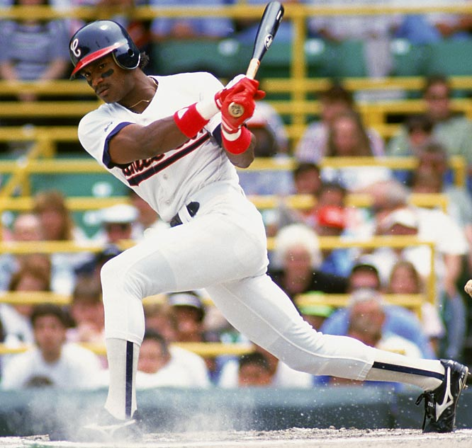 Signed by the Rangers out of the Dominican Republic in 1985, Sosa was traded to the White Sox on July 29, 1989, in a deal that brought Harold Baines to Texas. Sosa was unimpressive in parts of three seasons on the South Side, hitting only 28 home runs, before getting dealt the Cubs for George Bell.