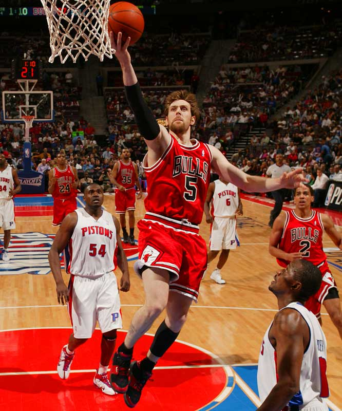 Winning bidder: Bulls <br> <br>After being wooed by Memphis, Nocioni has decided to re-up with the Bulls for five years and $37.5 million, according to reports. Nocioni saw his development plateau last season because of a foot injury and the emergence of fellow Bulls small forward Luol Deng. But he didn't see his rate of production drop, nor did the Bulls see his under-the-skin defensive intensity slip.