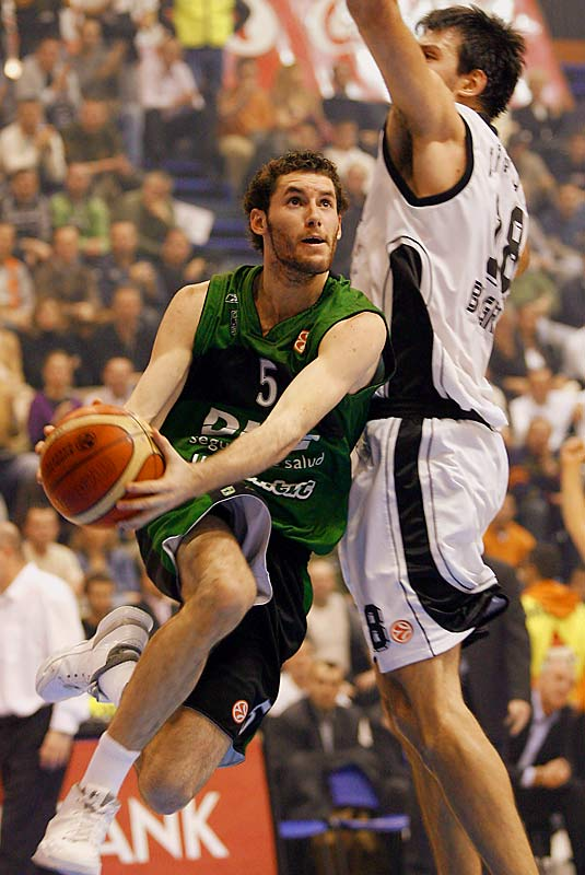 The shooting guard is well-seasoned thanks to his experience with Spain's world-champion national team and prominent role with DKV Joventut in the Spanish League. Fernandez is an aggressive slasher who has improved his perimeter shooting. The one concern has always been whether his slender body can support his fearless style of play.