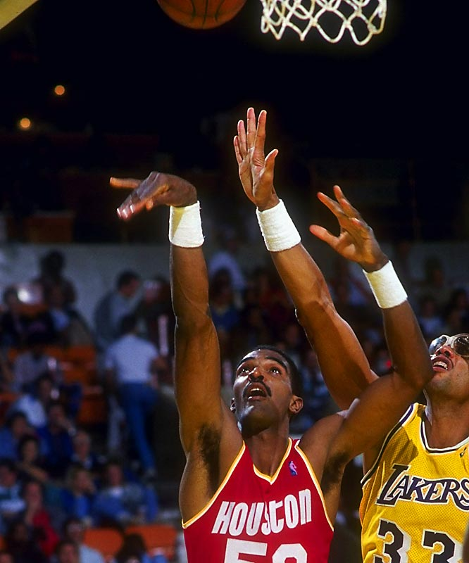 The Twin Towers-led Rockets, starring Hakeem Olajuwon and Ralph Sampson, stunned the world champion Lakers. In Game 5 at the Forum, with the Rockets up 3-1, Sampson hit a catch-and-shoot jumper (off an inbounds pass) with no time left to give Houston a series-clinching 114-112 victory.
