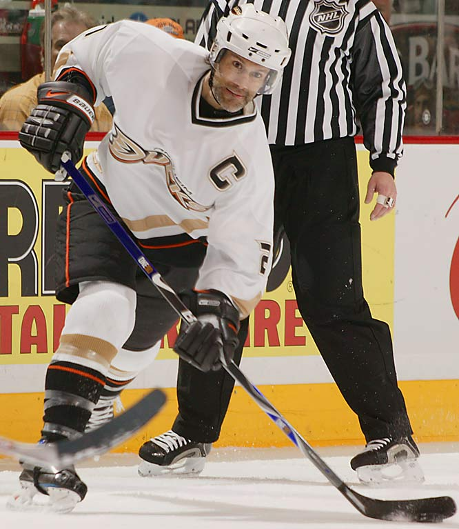 A key free-agent signing in August 2005, the fleet captain had a Norris-worthy 2006-07 season, leading all defenseman in scoring (69 points) and capturing the fourth Stanley Cup of his illustrious 14-year career while winning the Conn Smythe as playoff MVP in the process.
