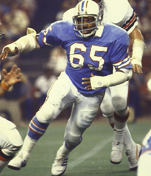 Bethea heads a number that's light on stars. An eight-time Pro Bowl selection at defensive end for the Oilers, he recorded (unofficially) 105 career sacks. <br><br>Runner-up: Gary Zimmerman.