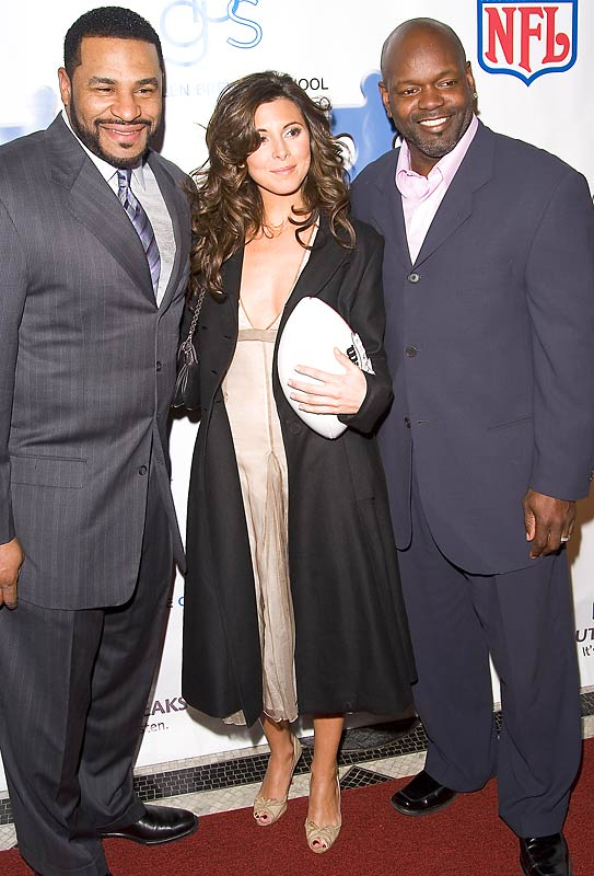 Born to run: Jamie-Lynn Sigler (Meadow Soprano) enjoys the company of former NFL greats Jerome Bettis and Emmitt Smith at a 2006 NFL Kickoff for a Cure charity dinner.
