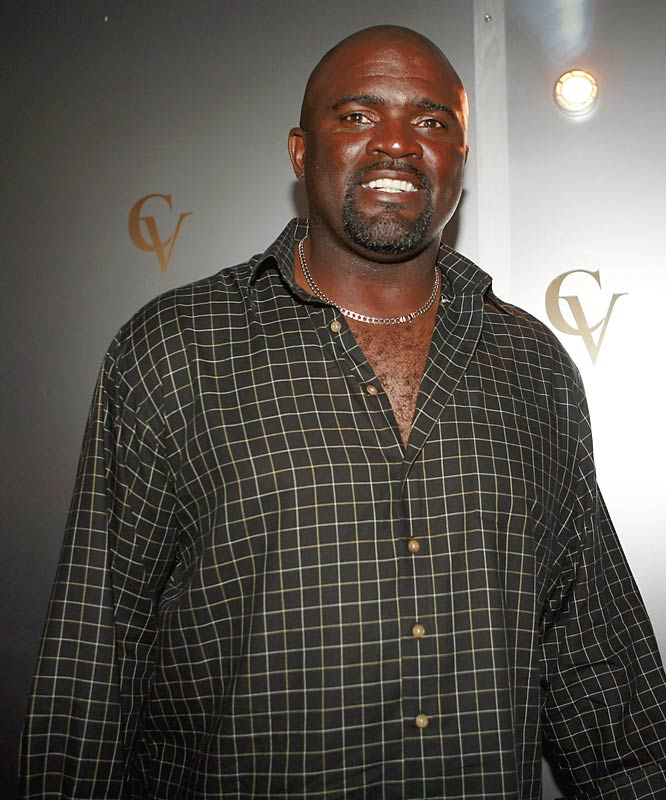 "Hall of Fame linebacker Lawrence Taylor played himself in the Michele ""Feech"" La Manna poker game, where Tony Soprano addreseed him as ""Sir Lawrence of the Meadowlands."""