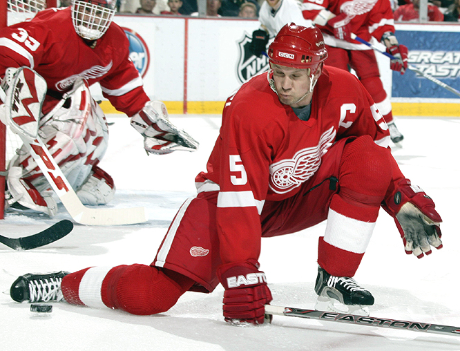 <b>NICKLAS LIDSTROM</b><br><br>Lidstrom became the first five-time Norris since Ray Bourque. The veteran blueliner has won the award five of the past six seasons and tied for the league lead among defensemen with a plus-40 rating.