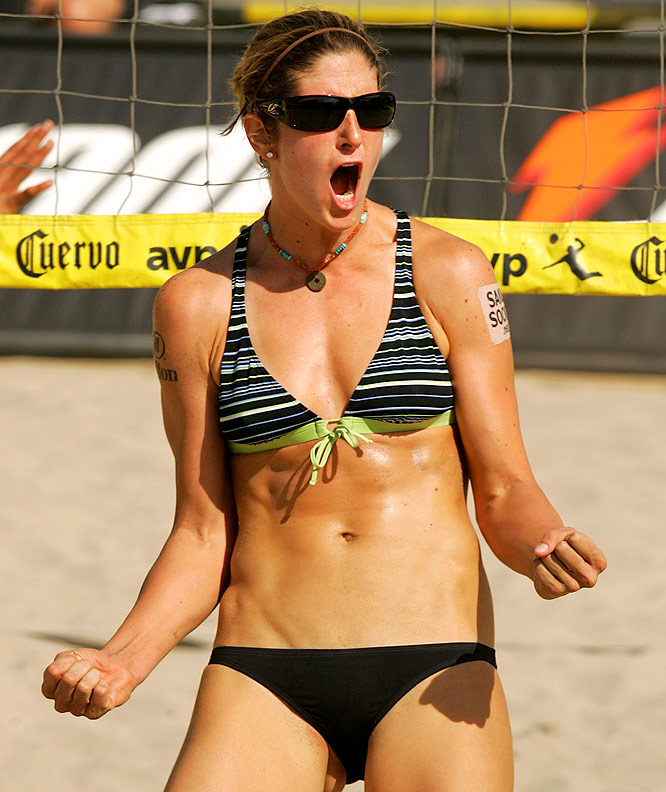 The 2005 Rookie of the Year, Branagh, 28, is currently teamed with Elaine Youngs. The duo is the only women's team besides May-Treanor/Walsh to win a title this season.