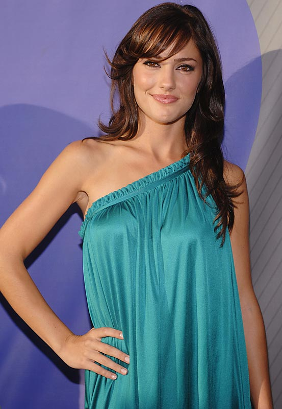 Friday Night Lights star Minka Kelly was all smiles at NBC's All-Star Party earlier this week.