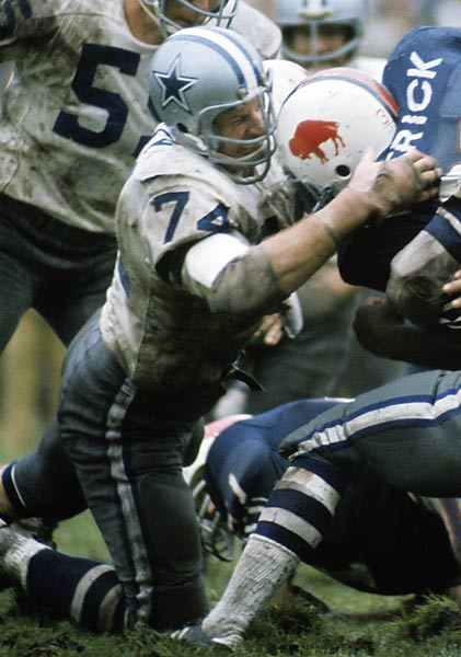 One of the NFL's dominant defensive players, the Cowboys tackle was the first member of the franchise inducted in the team's Ring of Honor. We had him as our runner-up to Merlin Olsen. Many believe we should have flipped the order.