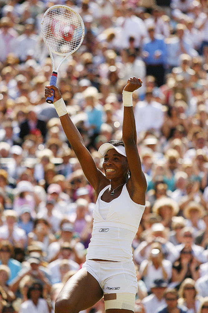 Venus Williams rediscovered her championship form on the grass surface that always seems to inspire her best efforts.