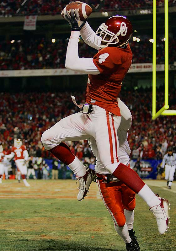 Kelly had a breakout season in '06, catching 62 balls for 993 yards and 10 touchdowns. Whoever ends up starting behind center for Oklahoma will enjoy throwing to one of the most complete receivers in America.