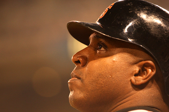 Bonds waiting on deck in the second inning, prior to his record-tying 755th home run.