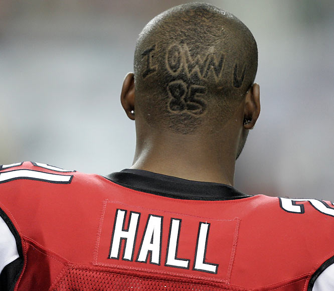 Falcons cornerback DeAngelo Hall sends a message to Bengals wide receiver Chad Johnson.