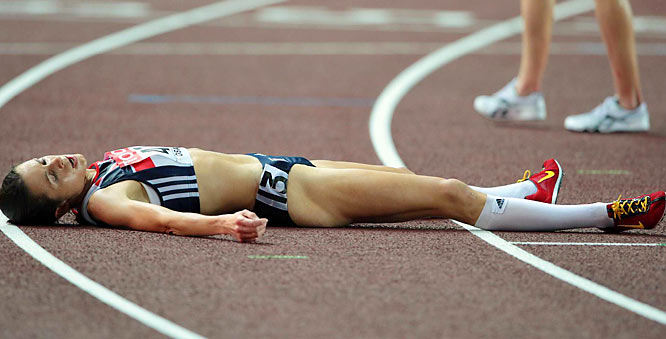 Britain's Joanne Pavey collapsed after the 10,000 on Day 1.  She finished 4th.