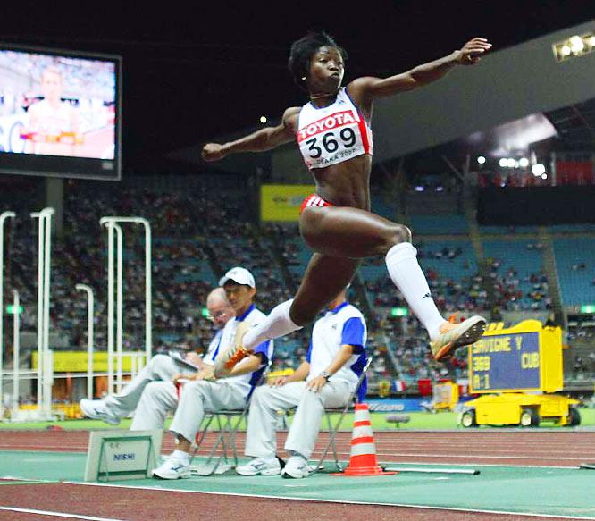 Yargelis Savigne of Cuba wins gold in the women's triple jump.