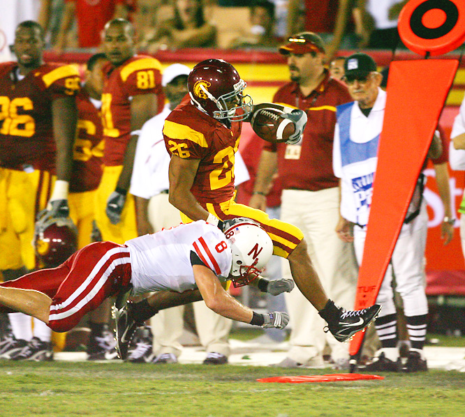 In last year's 28-10 win over Nebraska, USC held the Cornhuskers to just 211 total yards. Huskers QB Sam Keller is familiar with USC -- he threw for 357 yards, two touchdowns and five interceptions as Arizona State's QB in a 38-28 loss in 2005. Will he fare better this time around?