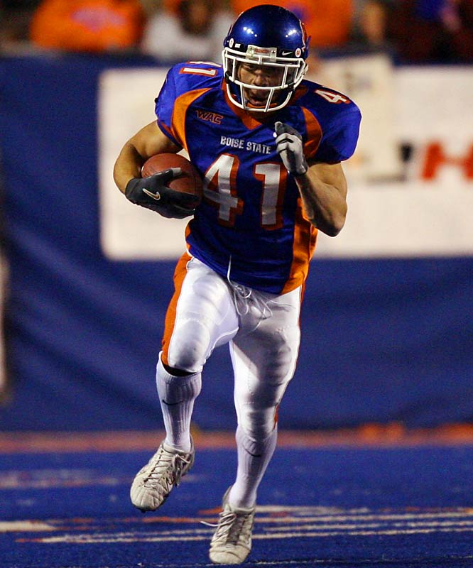 With his 1,713 yards rushing, Division I-A-high 25 touchdowns and post-Fiesta Bowl wedding proposal, Ian Johnson was the star of Boise State's undefeated season. Johnson isn't the speediest player in the country, but he does a fabulous job of reading his blocks