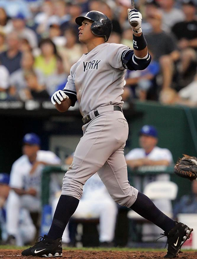 Rodriguez extended the Yankees' lead over the Royals to 4-0 with this two-run shot in the fourth inning on Saturday.