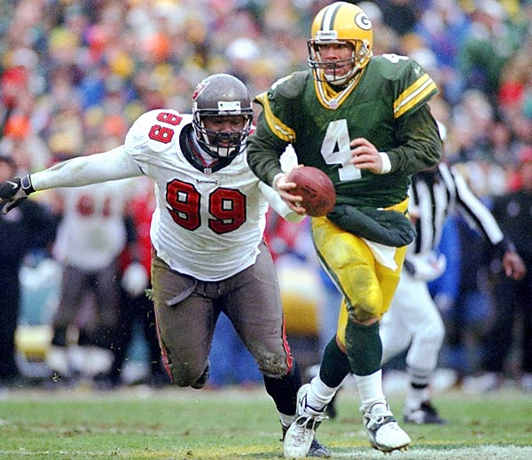 This playoff game at Lambeau may not have been one of Favre's statistical bests, 15 of 28 for 198 yards and a touchdown—but it was an example of Favre's dominance of Warren Sapp and the outstanding Buccaneers defense. With Sapp yapping in his ear all game, Favre remained steady and led the Packers to a 21-7 divisional-playoff win en route to their second straight NFC championship.