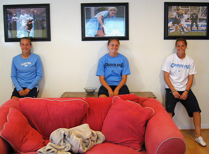 You don't need to look hard to notice the decorating themes throughout the house.  Anything soccer, Carolina, Carolina soccer and Carolina blue are good to go.  Including the players' individual action shots adorning the living room walls.