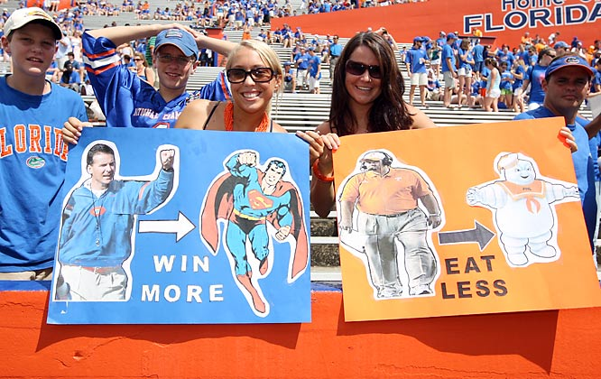 Florida fans take a shot at Tennessee coach Phil Fulmer prior to the Gators' matchup with the Vols.