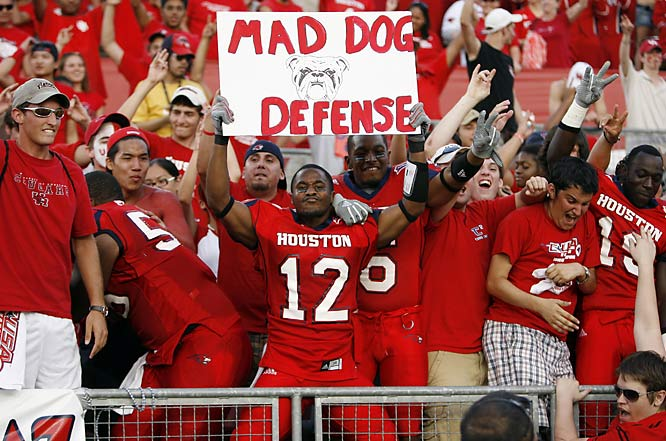 Houston cornerback Harry Simon shows that he is proud to be a member of the Cougars' Mad Dog Defense.