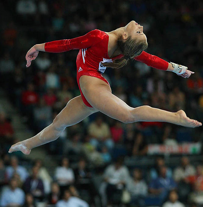 Alicia Sacramone managed a team-high 15.600 in the beam event that sent the U.S. spiraling behind the Chinese.