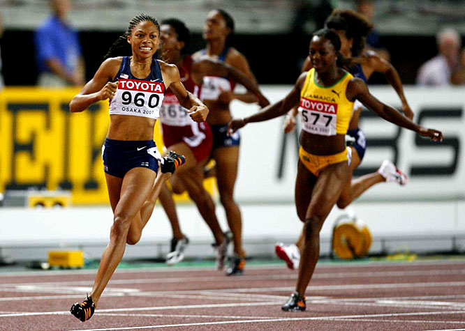 America's Allyson Felix won gold in the 200.