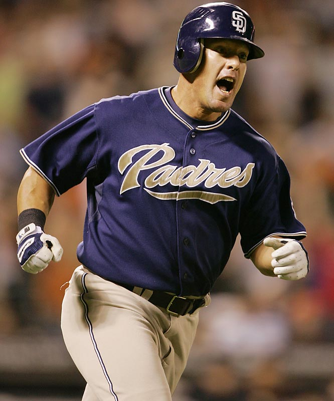 Brian Giles broke out of a brutal slump on Sept. 26, 2007, by slugging a two-out ninth-inning home run against the Giants to keep the Padres atop the NL wild-card standings.