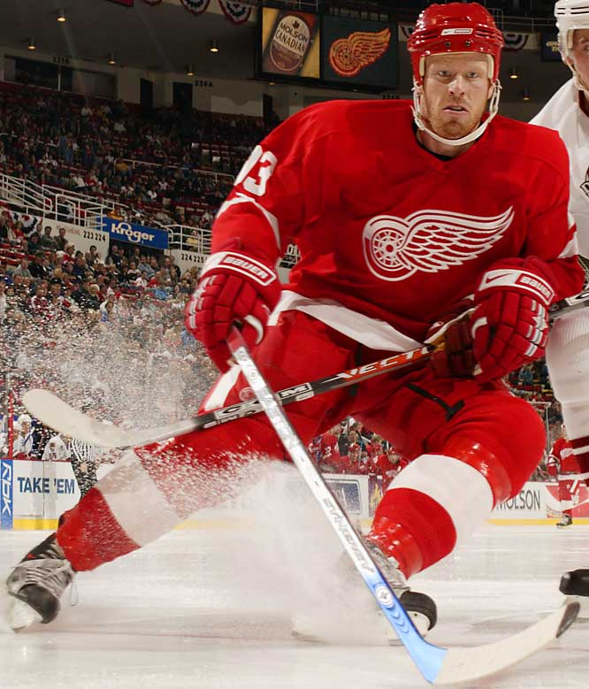 The Wings cleared out Todd Bertuzzi and Kyle Calder to give more ice time to this two-way 27-year-old, who reached career highs of 30 points and  20 last season. As they gradually hand the reins to younger stars, the Wings would like greater offensive output from Franzen.