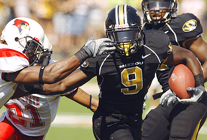 Jeremy Maclin, a redshirt freshman, had a 64-yard punt return, becoming the first Missouri player in 32 years to return two punts for touchdowns in a season.