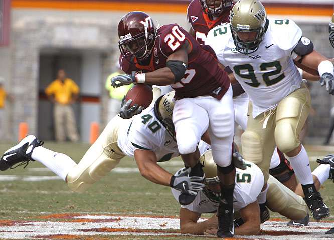 Kenny Lewis Jr. scored a touchdown on an 8-yard run to give Virginia Tech a 27-0 lead at the end of the first quarter.
