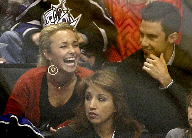 """Heroes"" stars Hayden Panettiere and  Milo Ventimiglia took in a Blues-Kings game earlier this week."