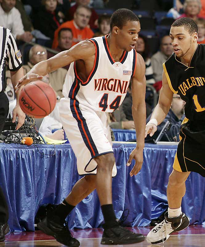 '06-07 Stats: 19.0 points, 4.7 assists, 4.6 rebounds<br><br>Singletary played in the NBA Pre-Draft camp in Orlando, but opted to pull his name out before the June 15 deadline. Now he's back at UVA without his three-year backcourt-partner-in-crime J.R. Reynolds, who graduated. Singletary will be looking to continue an impressive trend: He has improved on his points, assists, rebounds, free-throw percentage and three-point percentage in each year as a Cav.