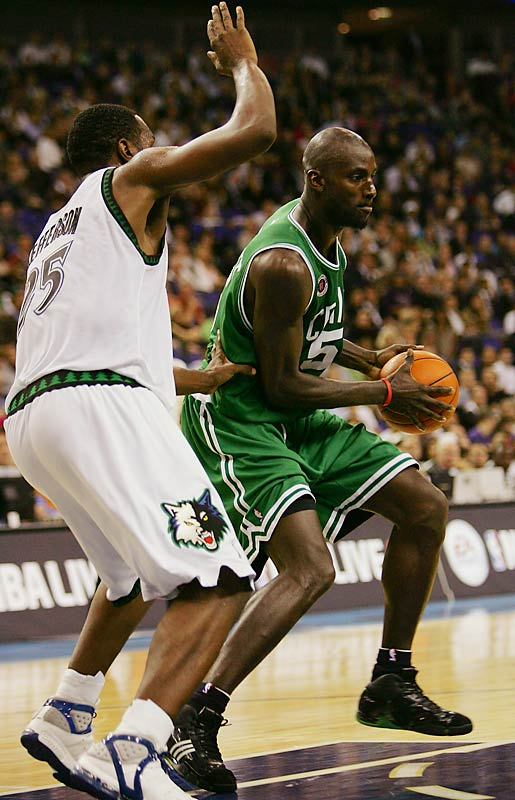 Even though Kevin Garnett was never going to lead the Timberwolves to a title, fans are taking his loss hard, since there's little reason to follow hoops right now. That leaves the Vikings, who have quickly developed into an NFL also-ran, and the Twins, who are always good but can't muster the payroll to keep their talented players.