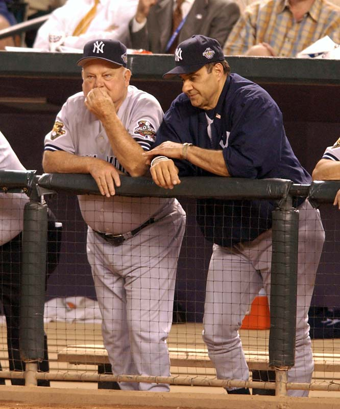 Torre and Zimmer look on as the Yankees get blown out by the D'backs, 15-2, in Game 6 of the 2001 World Series to force a Game 7, which they would lose in the bottom of the ninth inning.