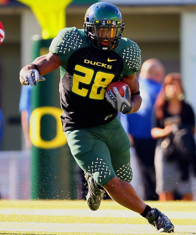 With Oregon climbing the polls, Stewart is starting to get the notoriety he deserves.  A big back with outstanding vision, the junior has run roughshod over opponents and been a key cog in the Ducks' offense.<br><br>* Denotes Underclassman