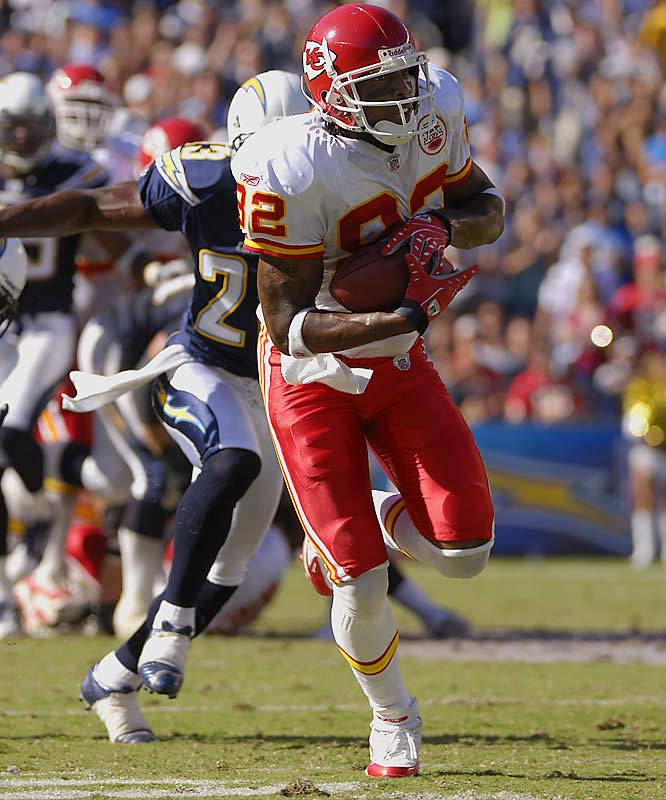Bowe lit up the Chargers for 164 receiving yards in a Week 4 win and has been steady throughout the season. He has 22 catchesand has given the Chiefs the extra offensive option they desperately need.