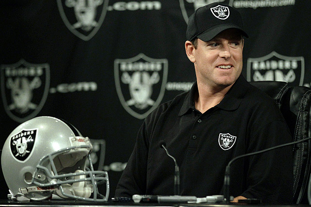Oct. 18, 2011: Oakland Raiders acquire QB Carson Palmer, Cincinnati acquires Oakland's first-round draft pick in 2012, conditional draft pick in 2013.  Two days after Raiders' quarterback Jason Campbell was declared out indefinitely with a broken collarbone, the Oakland front office maneuvered a trade for Carson Palmer, the disgruntled Bengals who threatened to retire before the 2011 season. The stunning move -- which sends two draft picks to Cincinnati in return -- could have major implications for both franchises, each off to surprising 4-2 starts.