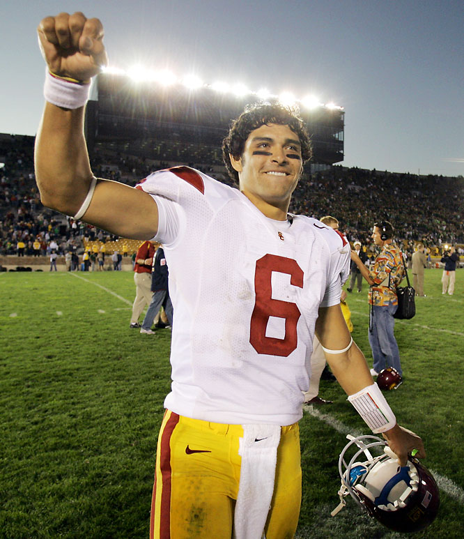 After struggling in three straight Pac-10 games -- including a shocking loss to Stanford -- the Trojans got back on track with a trip to South Bend. USC QB Mark Sanchez had four touchdown passes.