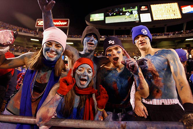 Kansas fans saw their championship hopes come to an end when the Jayhawks lost to Big 12 rival Missouri, 36-28.